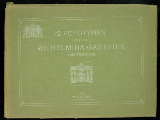 12 Fototypiën van het Wilhelmina Gasthuis Amsterdam in originele map.