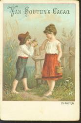 2 emmertjes water. jongetje drinkt water uit emmertje van het meisje - 2 buckets of water. little boy drinks water from the girl's bucket