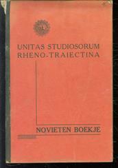 [Novieten boekje Unitas Studiosorum Rheno-Traiectina Tineke] 19 VRO Persoonlijke documenten.